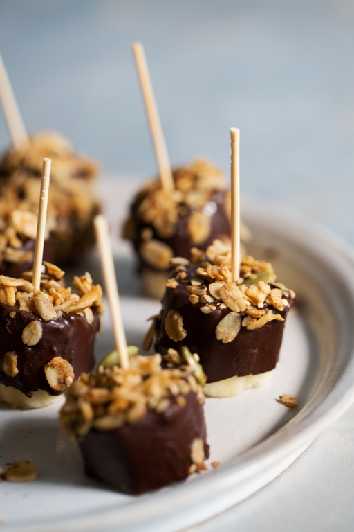 Chocolate-Dipped Bananas are an easy summer granola treat to make.
