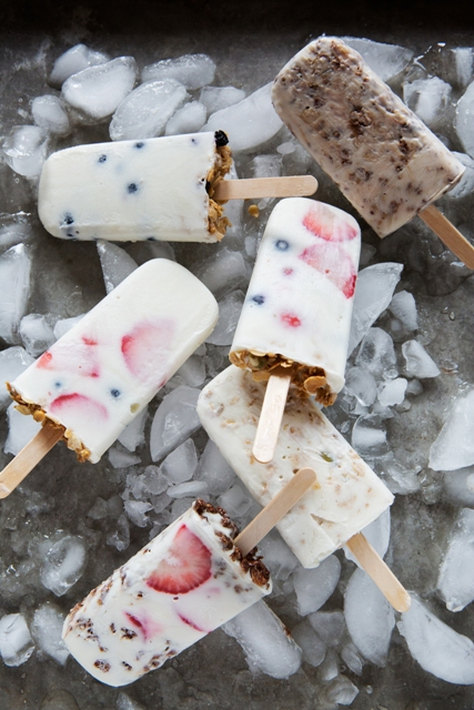 Yogurt-Granola Pops satisfy frozen dessert cravings.